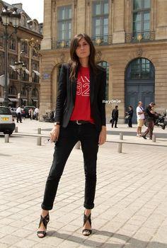 Emmanuelle Alt, trademark skinnies, blazer, killer heels....unusual to see 'colour' on her, red tee shirt.