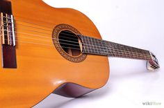 How to Buy a Good Acoustic Guitar: 5 Steps (with Pictures)