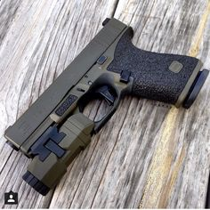Great Color on this Custom Glock 19