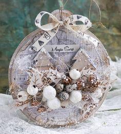 W świątecznym klimacie vintage Christmas Tree Decorations, Christmas Tree Ornaments, Christmas Wreaths, Christmas Love, Christmas Balls, Christmas Projects, Christmas Crafts, Navidad Diy, Handmade Gift Tags