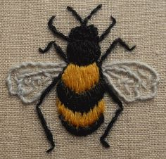 This lovely little bumble bee is worked in Appletons crewel wools on linen and is ideal for beginners or those new to the crewelwork technique. Finished embroidery size is 3 inches across. Your kit includes linen with the design screen printed on to it, wool, crewel needle, hexagon