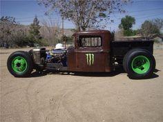 '32 Ford rat Love rat rods :)