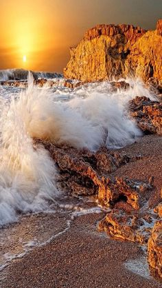 AWW .... sunset wave beach stone - AMAZING !!!