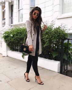 Outfit @prettylittlething Instagram Fashion, Chic, Womens Fashion, How To Wear, Jackets, Outfits, Clothes, Style, Blazers