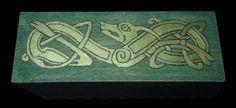 Caja Celta Arabic Calligraphy, Geek Crafts, Celtic, Drawers, Hand Made, Arabic Calligraphy Art