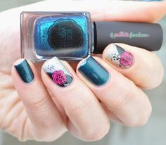 Il était un vernis in teal we trust and juggling glass balls reverse stamping flowers