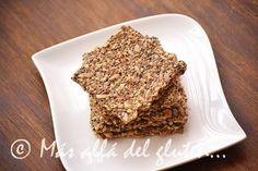 Más allá del gluten...: Crackers con Semillas de Chia y de Girasol (Receta GFCFSF, Vegana, RAW) Raw Food Recipes, Low Carb Recipes, Healthy Recipes, Chia, Energy Bars, Crackers, Good Food, Gluten Free, Bread