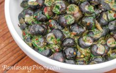 Snails with Spinach in Coconut Milk Recipe - Snails with Spinach in Coconut Milk Recipe is a good way to prepare snails. I like this recipe because it produces a perfectly delicious appetizer dish.