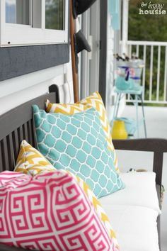 Freshen up your deck or patio with easy and thrifty outdoor DIY Envelope Pillows! - at The Happy Housie