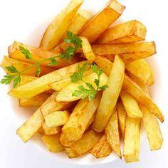 Todos los pasos para hacer en casa unas patatas fritas perfectas, trucos y consejos para que queden crujientes por fuera y tiernas por dentro.