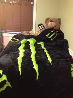 Monster energy blanket!! I see me having it when I'm and adult Garage, ideas, man cave, workshop, organization, organize, home, house, indoor, storage, woodwork, design, tool, mechanic, auto, shelving, car.