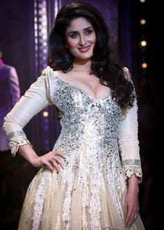 Online Anarkali Suits – Collection of Kareena Kapoor