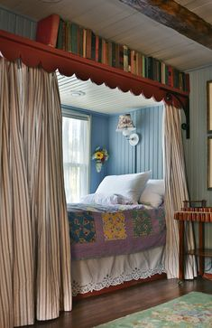 Colorful & Cozy: Gosherd Valley Cottage in Missouri - Hooked on Houses Love the built-in beds Connie added where a window seat used to be. Colorful & Cozy: Gosherd Valley Cottage in Missouri - Hooked on Houses Alcove Bed, Bed Nook, Cozy Nook, Cozy Bed, Dream Rooms, Dream Bedroom, Home Bedroom, Bedroom Nook, Diy Bedroom Decor