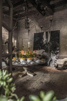 Photoraphy: Paulina ArcklinInterior Design: ArchitectSilvio StefaniLocation: B&B Locanda Rosa Rosae, Treviso, Italy