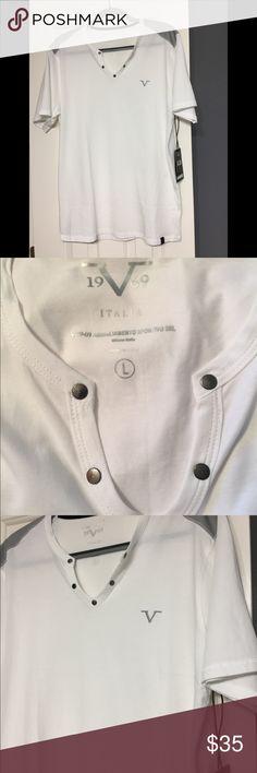 Versace v neck designer sports shirt L 19V69 Cool Versace 19V69 sports shirt in Large and new Versace Shirts Tees - Short Sleeve