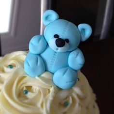 Baby boy Giant Cupcake - by cjsweettreats @ CakesDecor.com - cake decorating website