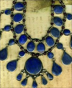 Old Tibet Vintage Lapis Heishi Beaded Necklace |Pinned from PinTo for iPad|