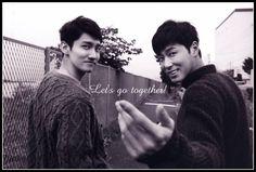 夜空に輝く希望の星 Korean Entertainment Companies, Lee Soo, Tvxq, Kpop Boy, Couples, Boys, Baby Boys, Couple, Senior Boys