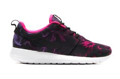 "Image of Nike Roshe Run ""Nagoya Women's Marathon"""
