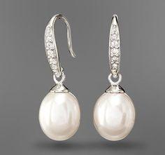 #Perlen-Ohrhänger mit je fünf #Zirkonia für €16,95 bei #Tchibo