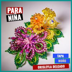 Tapas, Beaded Flowers, Folklore, Christmas Wreaths, Halloween, Holiday Decor, Amor, Parts Of The Mass, Hair Combs