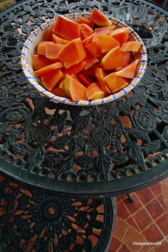 A bowl of Papaya! Cantaloupe, Philippines, Childhood, Fruit, Photos, Food, Infancy, Pictures, Essen