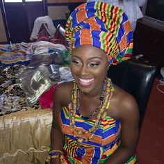 Ghanaian bride kente ~African fashion, Ankara, kitenge, African women dresses, African prints, Braids, Nigerian wedding, Ghanaian fashion, African wedding ~DKK