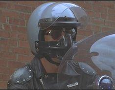 自動車/バイク改造屋日記 マッドマックス グースのフェイスガード