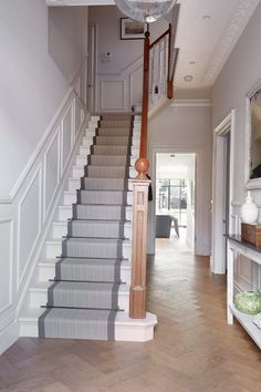 Unbelievable Useful Tips: Wainscoting Stairs Landing wainscoting bedroom diy.Wainscoting Hallway Board And Batten wainscoting bedroom diy.Wainscoting Around Windows Built Ins. Wainscoting Height, Wainscoting Kitchen, Dining Room Wainscoting, Wainscoting Panels, Wainscoting Ideas, Black Wainscoting, Painted Wainscoting, Wainscoting Nursery, Stair Paneling
