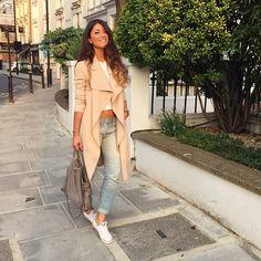 Mimi Ikonn   Beige waterfall trench coat, white crop top, boyfriend jeans, white converse