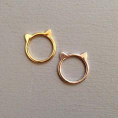 Les Fleurs, boutique en ligne Plus\\. Cute Jewelry, Gold Jewelry, Jewelry Rings, Jewelery, Jewelry Accessories, Jewelry Design, Cat Ring, Ring Verlobung, Fashion Rings