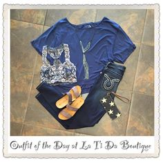 #ootd  #outfitoftheday #freepeople Tshirt and bralette #bigstar skinnies #ericmichaels sandals #monab wristlet #jamierocks necklace find it all @latida_boutique where #summerishere ☀️