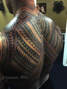 Samoan Back Tattoos Chest Tattoos For Women, Back Tattoos For Guys, Full Back Tattoos, Tribal Back Tattoos, Samoan Tribal Tattoos, Tattoo Maori, Polynesian Tattoos, Geometric Tattoos, Tattoo Sleeve Designs