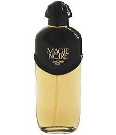 MAGIE NOIRE (Lancôme - 1978) - NOTES DE TETE : Bergamote, Cassis - NOTES DE COEUR : Jasmin, Narcisse, Rose, Rose Bulgare - NOTES DE FOND : Castoreum, Santal, Ambre, Notes Animales