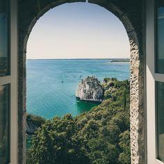 I'll be waiting for you right here.🧘🏽♀️ Visa Schengen, Destinations, Royal Garden, Destination Voyage, Trieste, Travel Design, Amalfi Coast, Travel Around The World, Landscape Photography