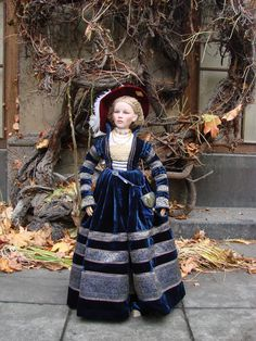 "Sidonie - ""Cranach dress"" or ""Saxony gown"" for 90cm  high doll (porcelain head+Cernit hands and feet)"