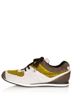 PENTATHLON Runners - cool sneaker instead of boot or converse for the sandpit and park