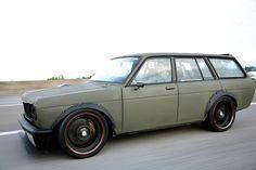 Datsun 510 Wagon http://www.cardomain.com/ride/674663/1971-datsun-510/