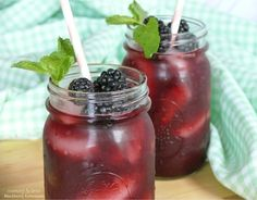 Blackberry Lemonade: this recipe sugars the blackberry puree and does not use a simple syrup