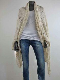 Graag even jullie aandacht!  www.hip-pie.nl Deze omslagdoek / sjaal is zo fijn!  Hij draagt heerlijk, past op alles en eindeloos te combineren. En.....Ze blijven mooi in de was.....