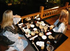 Kaiseki-The most elegant and expensive type of Japanese food — known for its many courses served by a tea garden Guide To Japanese, Japanese Food, Japanese Art, Japanese Urban Legends, Kinds Of Sushi, Tokyo Neighborhoods, Japan With Kids, Japanese Buddhism, Japan Guide