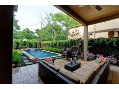 Outdoor pool area w/patio