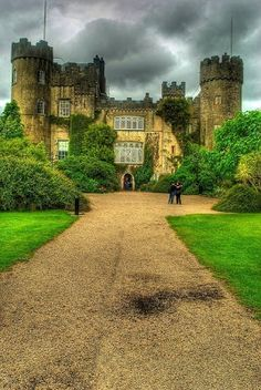 See the picz: Malahide Castle - County Dublin, Ireland