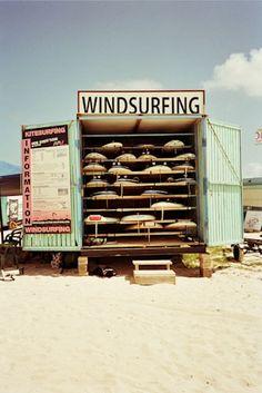 Windsurfing ...