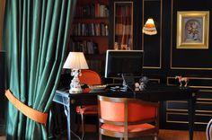 My Interiors ~ Home Office 📝 #beyonddecoration #homeoffice #elenaarsenoglou #fengshui #luxury #draperies #books #bookcase #vitro #orange #pc