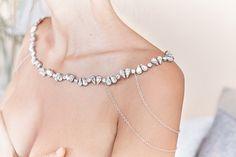 Victoria Necklace for the Shoulders | Collana p... di Jonida Ripani su DaWanda.com