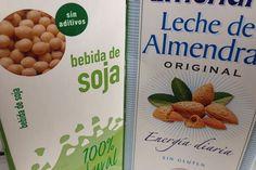 Las hay para todos los gustos: de soja, avena, arroz, almendra... Carecen de caseína y lactosa y tienen un perfil de ácidos grasos mucho más saludable que el de la leche de origen animal