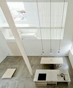 Image 6 of 20 from gallery of House of Trough / Jun Igarashi Architects. Photograph by Jun Igarashi Architects Minimalist Architecture, Japanese Architecture, Interior Architecture, Amazing Architecture, Interior Design Blogs, Interior Styling, Architect House, White Houses, Fashion Room