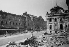 Budapest Hungary, Old Photos, Ww2, The Past, Louvre, History, Building, Revolution, Landscapes