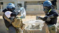 Nadat het Syrisch leger in 2013 massale chemische aanvallen deed op dorpen en steden die in handen waren van rebellen, reageerde het Westen. De VS en haar bondgenoten dreigden met militaire acties maar zover kwam het niet. Uiteindelijk kwam er een Amerikaans-Russisch compromis, waarin Assad beloofde zijn chemisch wapenarsenaal te vernietigen.